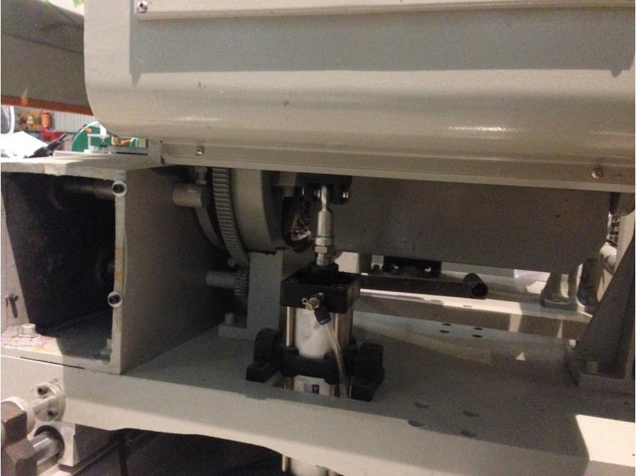 Máy cắt nhôm hai đầu 08 tự động LJZ2-450×3700