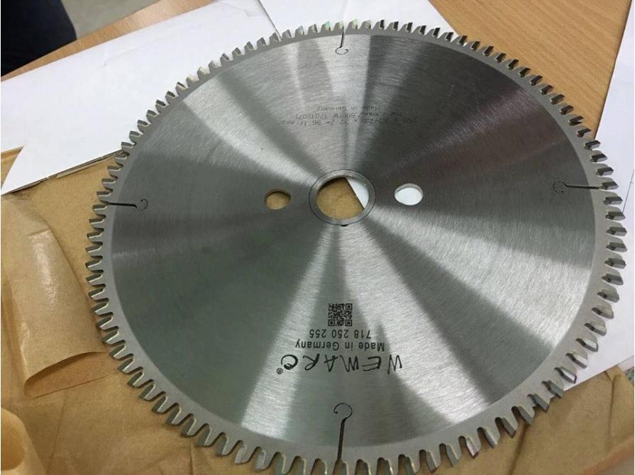 Lưỡi cắt nhôm Wemaro 500 mm